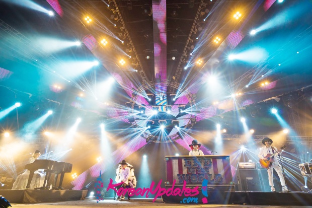 SEKAI NO OWARI performing at MTV World Stage Malaysia 2015 on 12 Sep (Credit - MTV Asia & Aloysius Lim)