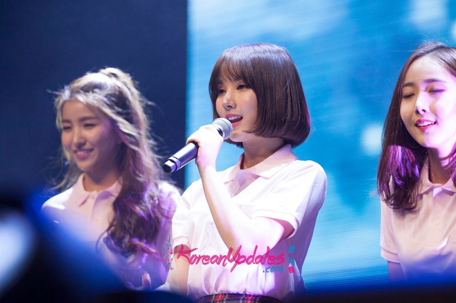 g-friend-in-singapore-054