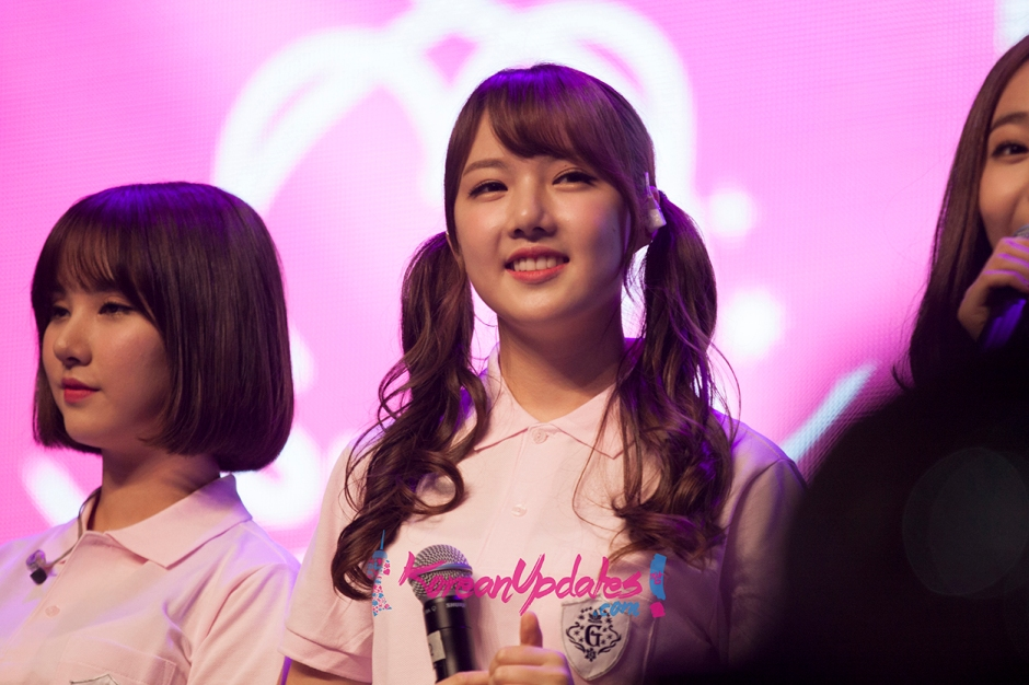 g-friend-in-singapore-097